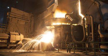 Photographs courtesy of Nucor-Yamato Steel
