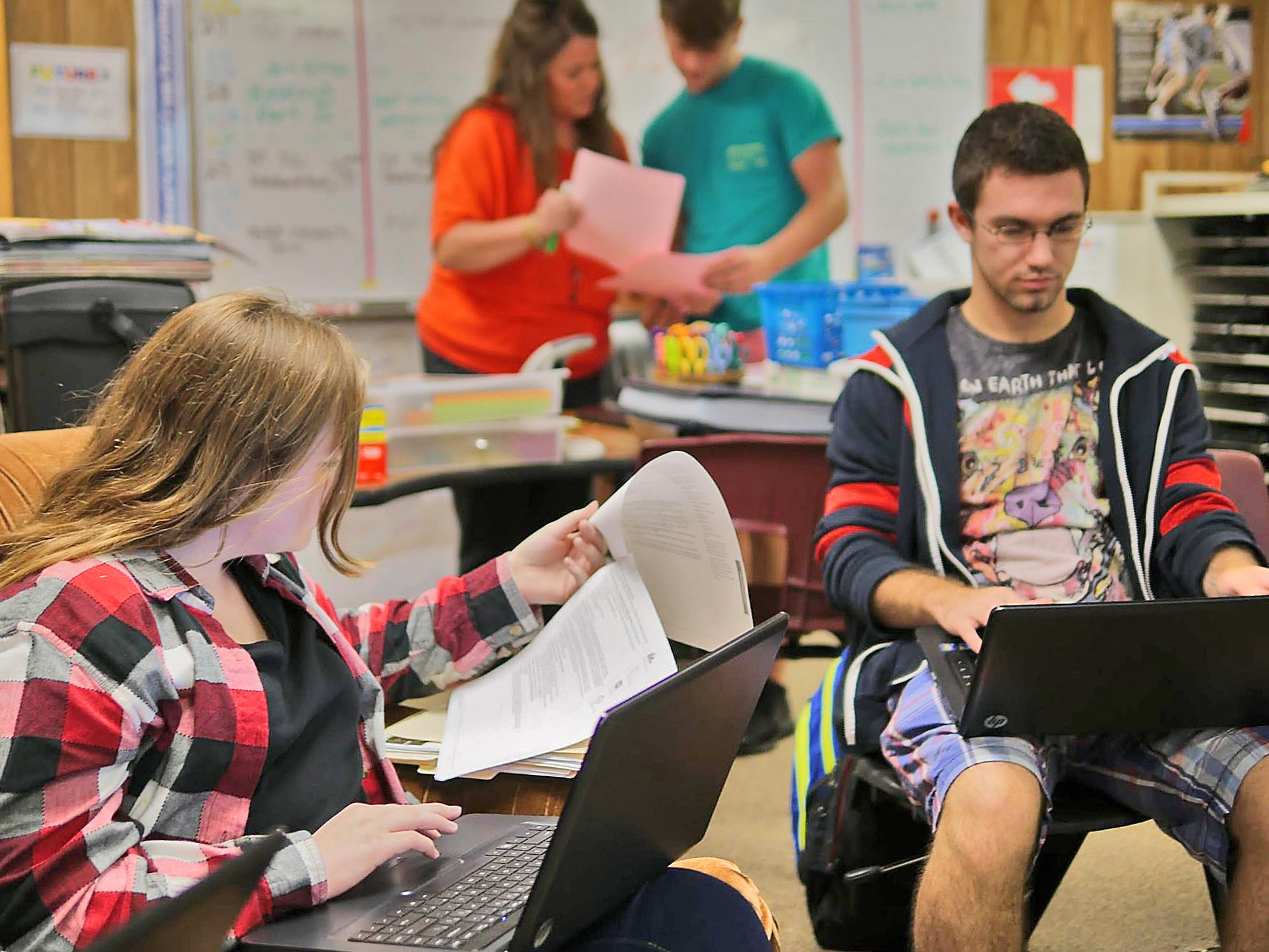Students in Siler's Marketing class work on group-based semester projects focused around topics such as hospitality, sports management, and entrepreneurship.