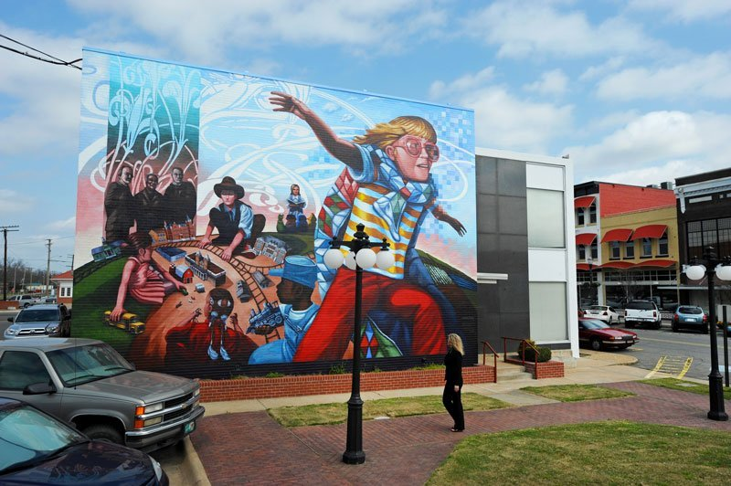 A mural in downtown Conway, Arkansas